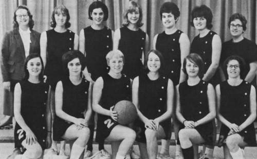 (Click to magnify) FRONT ROW: Beth Forsythe, M. Clark, Nancy Bernhardt, Joan Hickling, D. Smith, Doris Slack; SECOND ROW