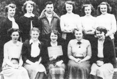 (Click to magnify) FIRST ROW: B. Leek, E. Jewett, M. Smalley, M. Kydd, J. Voutt; SECOND ROW: J. Welch, J. Cain, J. Cook,