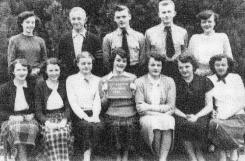 (Click to magnify) FIRST ROW: M. Smalley, M. Rose, N. Feir, S. Page, S. Proctor, L. Eades, H. Meek; BACK ROW: B. Horn, R