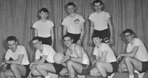 (Click to magnify) FRONT ROW: T. Arens, Wayne Foote, R. Long, Duncan McTavish, Dave Jackson; SECOND ROW: Ted Ballinger,