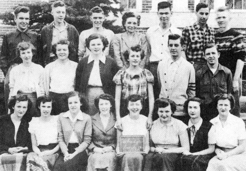 NOTE: in the key for this photo (on a separate page), there are but two rows in this picture. FRONT ROW: Helen Ball, Mar