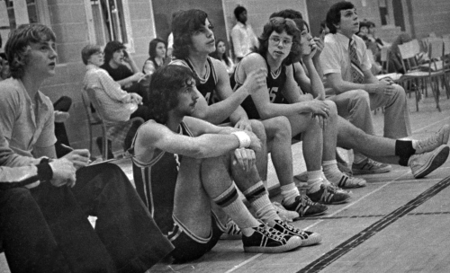 (Click to magnify) ... Sitting on floor: Peter Freskiw, Middle (pointing) Mark Griffin, turned to camera, John Elson; co