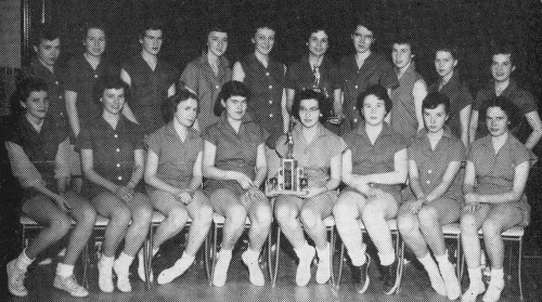 (Click to magnify)  FRONT ROW:  (Junior) J. Richardson, l. Chase, B. Curl, B. Lonsdale, E. Whitty(Captain), D. Comer, M.